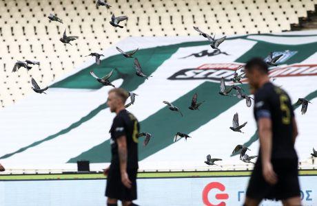 Στιγμιότυπο από την αναμέτρηση του Παναθηναϊκού με τον Άρη για τη Super League Interwetten 2020-2021 στο Ολυμπιακό Στάδιο | Κυριακή 4 Οκτωβρίου 2020