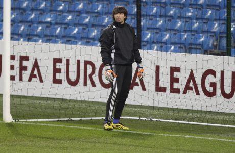 Ο Σοβκόβσκι όταν ακόμη αγωνιζόταν στην Ντινάμο Κιέβου, σε προπόνηση στο 'Etihad' πριν την αναμέτρηση με την Μάντσεστερ Σίτι για την φάση των '16' του Europa League στις 16 Μαρτίου 2011. (AP Photo/Jon Super)