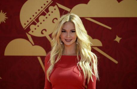 """H πιο σέξι Ρωσίδα """"ανακοίνωσε"""" μεταγραφή της Γιουβέντους"""