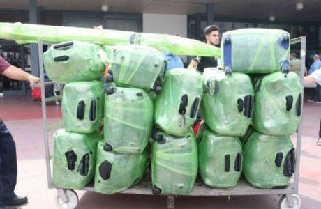 Η κυρία Ικάρντι έφυγε για διακοπές με 14(!) βαλίτσες!
