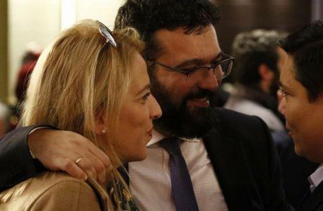Συνεργασία Βασιλειάδη - Δούρου στο περιθώριο της κεντρικής επιτροπής του ΣΥΡΙΖΑ
