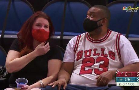Γιατί όλο το NBA ασχολείται με έναν φίλαθλο των Μπουλς με φανέλα Τζόρνταν