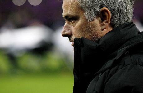 Ο προπονητής της Τσέλσι, Ζοζέ Μουρίνιο, κατά τη διάρκεια της αναμέτρησης με τη Μάριμπορ για τη φάση των ομίλων του Champions League 2014-2015, Μάριμπορ, Τετάρτη 5 Νοεμβρίου 2014