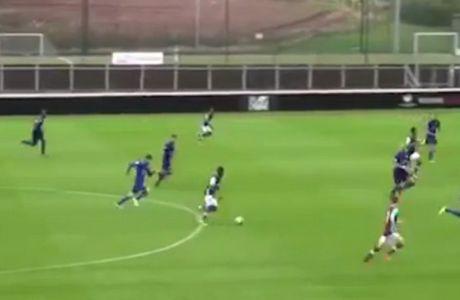 16χρονος πετυχαίνει το γκολ της ζωής του!
