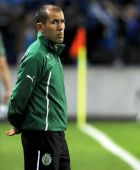 Sporting's coach Leonardo Jardim stands on the touch line prior to their 3-1 defeat against FC Porto in a Portuguese League soccer match at the Dragao stadium in Porto, Portugal, Sunday, Oct. 27, 2013. Porto stands top of the league ahead of Lisbon rivals Benfica and Sporting. (AP Photo/Paulo Duarte)