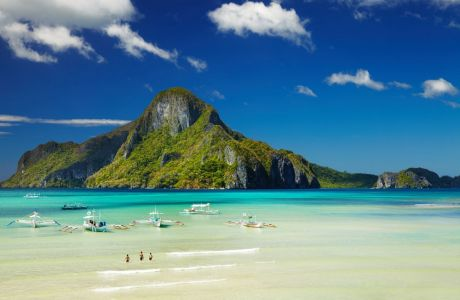 17329361 - el nido bay and cadlao island, palawan, philippines
