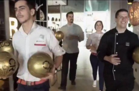 Το... χρυσό δώρο του Ρονάλντο στους πελάτες του!