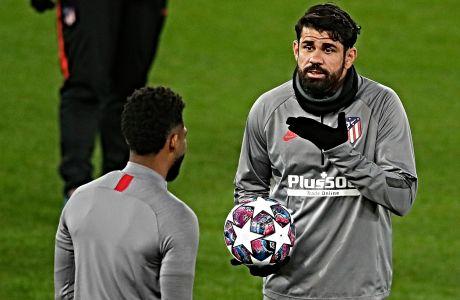O Ντιέγκο Κόστα της Ατλέτικο Μαδρίτης, κατά τη διάρκεια προπόνησης στο 'Άνφιλντ', παραμονές της ρεβάνς της αναμέτρησης με τη Λίβερπουλ για τους '16' του Champions League. Ο αγώνας έγινε το βράδυ της 11ης Μαρτίου, με νικήτρια την Ατλέτικο Μαδρίτης με 3-2 στην παράταση
