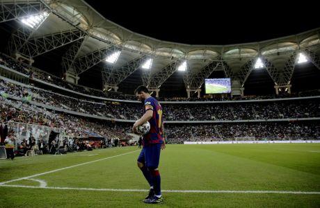 Ο Λιονέλ Μέσι της Μπαρτσελόνα σε στιγμιότυπο του αγώνα με την Ατλέτικο Μαδρίτης, για τα ημιτελικά του Supercopa 2019 στο 'Βασιλιάς Αμπντάλα', Τζέντα, Πέμπτη 9 Ιανουαρίου 2020