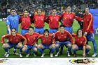 """Η Εθνική Ισπανίας πριν από επίσημο παιχνίδι στο """"Βιθέντε Καλντερόν"""". Πίσω, από αριστερά, Κασίγιας, Λουίς Γκαρθία, Αλμπέλδα, Ντελ Όρνο, Ιμπάνιεθ, Τόρες. Μπροστά, από αριστερά, Σαλγάδο, Τσάβι, Ραούλ, Ρέγιες, Πουγιόλ (12/11/2005)"""
