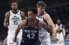 Utah Jazz guard Kyle Korver, right, guards New York Knicks forward Lance Thomas (42) during the first half of an NBA basketball game, Wednesday, March 20, 2019, at Madison Square Garden in New York. (AP Photo/Mary Altaffer)