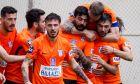 Ο Στέφανος Αθανασιάδης του Απόλλωνα Λάρισας πανηγυρίζει με συμπαίκτες του γκολ που σημείωσε κόντρα στην ΑΕ Καραϊσκάκη για τη Super League 2 2020-2021 στην 'AEL FC Arena' | Κυριακή 7 Φεβρουαρίου 2021