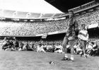 Coach Johan Cruyff of FC Barcelona in Camp Nou on july 22, 1988 in Barcelona, Spain (Photo by VI Images via Getty Images)