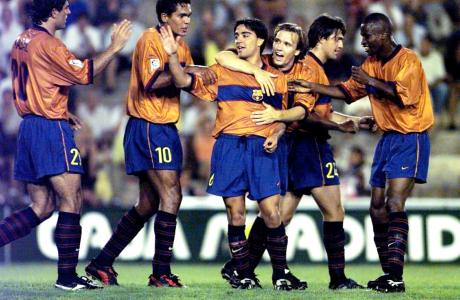 Το πρώτο γκολ του Τσάβι με τη Μπαρτσελόνα (18/8/1998)