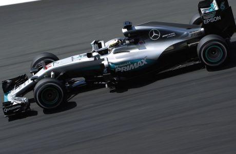 GP Μαλαισίας (FP2): Η σκυτάλη στον Hamilton