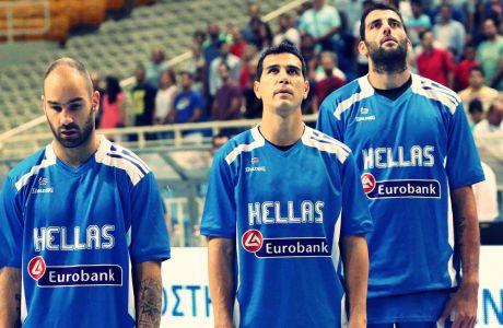 Οι Βασίλης Σπανούλης, Νίκος Ζήσης και Γιάννης Μπουρούσης πριν από την αναμέτρηση της Εθνικής Ελλάδας με την Ολλανδία για το Τουρνουά Ακρόπολις 2015 στο κλειστό του ΟΑΚΑ, Πέμπτη 27 Αυγούστου 2015