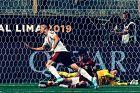 Ο Ραφαέλ Μπορέ της Ρίβερ Πλέιτ πανηγυρίζει το γκολ που σημείωσε κόντρα στη Φλάμενγκο στον τελικό του Copa Libertadores 2019 στο 'Μονουμεντάλ', Λίμα, Σάββατο 23 Νοεμβρίου 2019