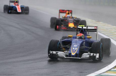 Felipe Nasr (BRA) Sauber F1 Team.  Autodromo Jose Carlos Pace.