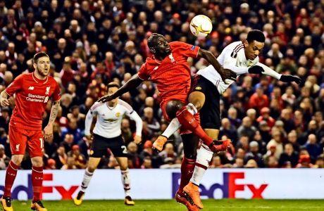 Ο Μαμαντού Σακό, σε παιχνίδι της Λίβερπουλ εναντίον της Μάντσεστερ Γιουνάιτεντ, στο Anfield, στις 10/3 του 2016.