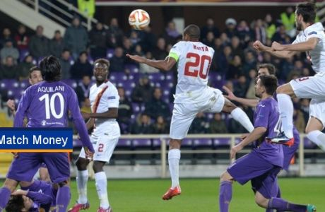 AS Roma's Seydou Keita (C) scores the 1-1 during the UEFA Europa League round of 16 first leg soccer match between ACF Fiorentina and AS Roma at Artemio Franchi stadium in Florence, Italy, 12 March 2015. ANSA/ETTORE FERRARI