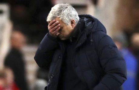 Ο Ζοζέ Μουρίνιο καταλαβαίνει πως έχει πολλή δουλειά το καλοκαίρι, αν θέλει να εμφανίσει ξανά ανταγωνιστική την Τότεναμ...