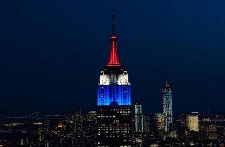 Φώτισαν το Empire State Buidling στα χρώματα των ΗΠΑ λόγω πρόκρισης (PHOTOS+VIDEO)