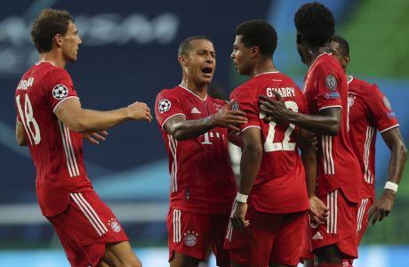 Ο Σερζ Γκνάμπρι πέτυχε δύο τέρματα για την Μπάγερν στη νίκη με 3-0 επί της Λυών στο 'Jose Alvalade', με τους Βαυαρούς να προκρίνονται στον τελικό του Champions League 2019-2020, όπου θα αντιμετωπίσουν την Παρί Σεν Ζερμέν. (Miguel A. Lopes/Pool via AP)