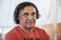 Ο προπονητής στίβου Γιώργος Πομάσκι σε φωτογράφηση στο ΟΑΚΑ για τη συνέντευξή του στο Contra.gr   Πέμπτη 2 Ιουλίου 2020