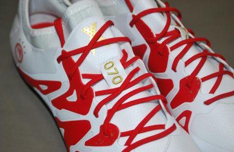 Η adidas γιορτάζει τα 90 χρόνια από την ίδρυση του Ολυμπιακού