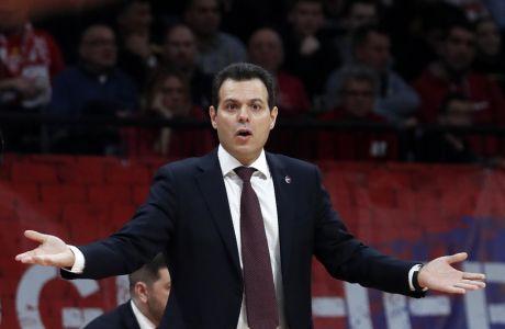 Ο Δημήτρης Ιτούδης και οι παίκτες του θα 'ξεσπιτωθούν' από τον προσεχή Ιούνιο, με τον GM της μπασκετικής ΤΣΣΚΑ, Αντρέι Βατούτιν να επιτίθεται στον Υπουργό Αμύνης της Ρωσίας.