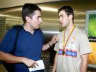 Πριν από 16 χρόνια, ο Χρήστος Μπαφές ,δημοσιογράφος τότε της εφημερίδας Goal,υποδέχεται στο αεροδρόμιο τον πρωταθλητή Ευρώπης με την Εθνική Νέων, Βασίλη Σπανούλη!
