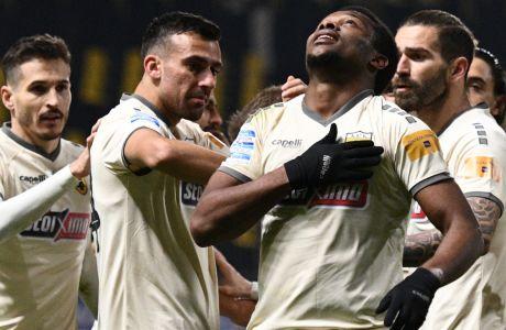 Ο Λιβάι Γκαρσία πανηγυρίζει το γκολ με το οποίο η ΑΕΚ επικράτησε του Άρη στο 'Κλεάνθης Βικελίδης' (0-1), σε εξ αναβολής αναμέτρηση της 8ης αγωνιστικής στην Super League Interwetten | 14/01/2021 (ΦΩΤΟΓΡΑΦΙΑ: ΑΝΤΩΝΗΣ ΝΙΚΟΛΟΠΟΥΛΟΣ / EUROKINISSI)