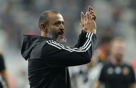 Ο προπονητής της Γουλβς, Νούνο, σε στιγμιότυπο της αναμέτρησης με τη Μπεσίκτας για τη φάση των ομίλων του Europa League 2019-2020 στο 'Μπεσίκτας Παρκ', Κωνσταντινούπολη, Πέμπτη 3 Οκτωβρίου 2019