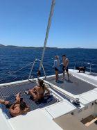Απόδραση με καταμαράν για Πετρούνια, Μιλλούση & Βολικάκη από την Stoiximan και τη Yachtsailing.gr