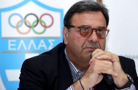 """Κούβελος: """"Αλλάξαμε όροφο στο Ολυμπιακό Χωριό γιατί πλημμυρίσαμε"""""""