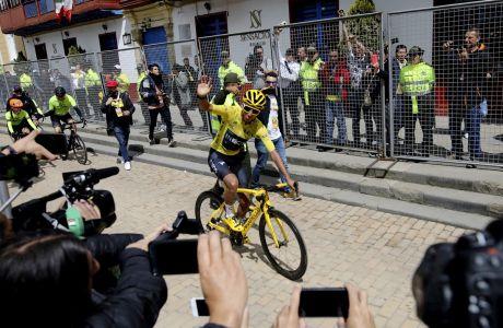 Ο Κολομβιανός ποδηλάτης Εγκάν Μπερνάλ επιστρέφει στην πατρίδα του και αποθεώνεται έπειτα από τη νίκη στον Γύρο της Γαλλίας 2019, Σεπακίρα, Τετάρτη 7 Αυγούστου 2019