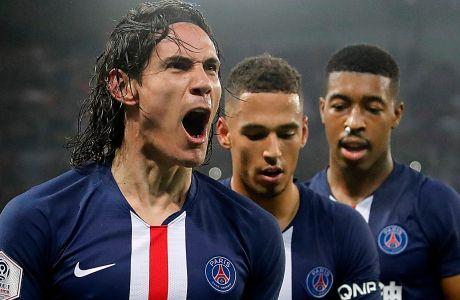 Ο Έντινσον Καβάνι της Παρί Σεν Ζερμέν πανηγυρίζει γκολ που σημείωσε στην αναμέτρηση με την Μπορντό για τη Ligue 1 2019-2020 στο 'Παρκ ντε Πρενς', Κυριακή 23 Φεβρουαρίου 2020