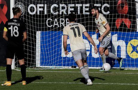 Ο Γεβγέν Σάκχοφ της ΑΕΚ πανηγυρίζει γκολ που σημείωσε κόντρα στον ΟΦΗ για τη Super League Interwetten 2020-2021 στο 'Θεόδωρος Βαρδινογιάννης' | Κυριακή 31 Ιανουαρίου 2021