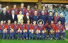 Με την Α' Εφήβων, ο Μέσι κατέκτησε τα πάντα στη σεζόν 2002/03. Στην πίσω σειρά, πρώτος από αριστερά ο Σεσκ Φάμπρεγας, τρίτος από αριστερά ο Ζεράρ Πικέ.
