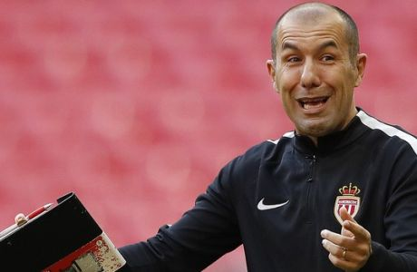 Monaco's head coach Leonardo Jardim gestures during a training session ahead of the Champions League soccer match between Tottenham Hotspurs and AS Monaco at Wembley stadium in London, England, Tuesday, Sept. 13, 2016. (AP Photo/Frank Augstein)