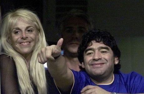 Με την Κλαούντια Βιγιαφάνε, από αγώνα στο Μπουένος Άιρες τον Σεπτέμβρη του 2000