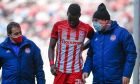 Ο Ολυμπιακός κέρδισε άνετα με σκορ 3-0 τη Λαμία για την 25η αγωνιστική της Super League Interwetten, όμως είδε τον Μπα να αποχωρεί τραυματίας από το 17', τέσσερις μέρες πριν την αναμέτρηση με την Άρσεναλ | 07/03/2021 (ΦΩΤΟΓΡΑΦΙΑ: ΝΕΚΤΑΡΙΑ ΜΠΑΛΩΜΑΤΙΝΗ / EUROKINISSI)
