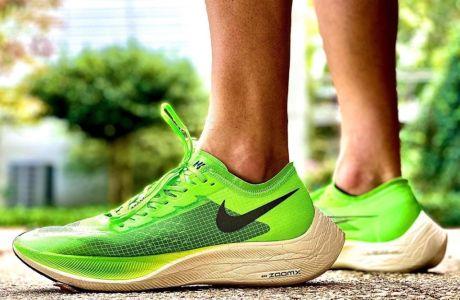 Τα 'παπούτσια των ρεκόρ' που φόρεσε ο Κιπτσόγκε προκαλούν αντιδράσεις