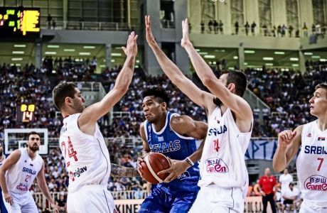 O τρόπος που αντιμετώπισε η Σερβία τον Αντετοκούνμπο έγινε τυφλοσούρτης αυτών που θα συναντήσουν σε νοκ άουτ παιχνίδια την Ελλάδα.