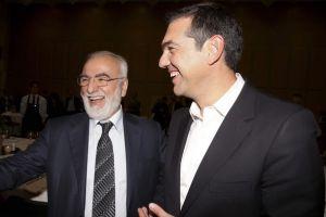 Και τον Αλέξη Τσίπρα καίει η απόφαση για το ΠΑΟΚ - ΑΕΚ