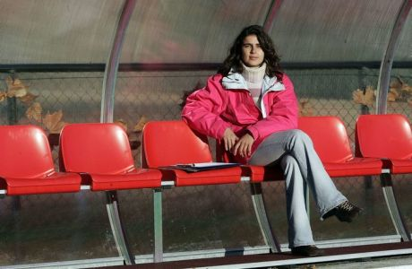 Έλενα Κόστα: Η γυναίκα ορόσημο στο ποδόσφαιρο