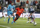 Ο τερματοφύλακας του Ολυμπιακού, Ζοζέ Σα, επιχειρεί να ανακόψει τον Ελιέρο Ελία της Μπασακσεχίρ, κατά τη διάρκεια αγώνα για τον 3ο προκριματικό γύρο του Champions League 2019-2020 στο 'Φατίχ Τερίμ', Κωνσταντινούπολη, Τετάρτη 7 Αυγούστου 2019