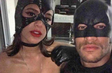Άσος της Μπαρτσελόνα σε σέξι φωτογράφιση με τη σύντροφό του