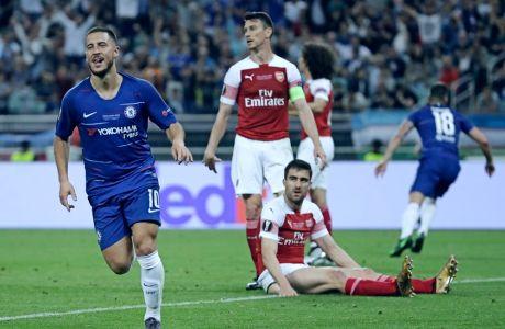 Ο Εντέν Αζάρ πανηγυρίζει το 4ο γκολ της Τσέλσι απέναντι στην Άρσεναλ του Σωκράτη Παπασταθόπουλου, στον τελικό του Europa League στο Μπακού, Τετάρτη 29 Μαΐου 2019