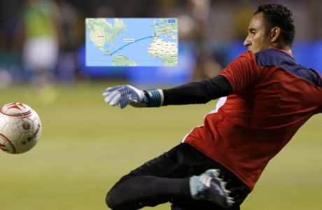 Costa Rica goalkeeper Keylor Navas warms up prior a 2018 Russia World Cup qualifying soccer match against Mexico at the National Stadium in San Jose, Costa Rica, Tuesday, Sept. 5 2017. (AP Photo/Moises Castillo)